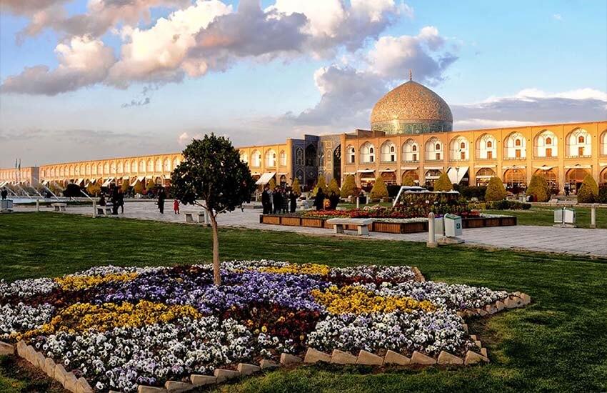 مسافرت به اصفهان