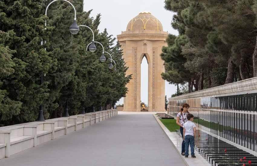 جاذبه های دیدنی باکو