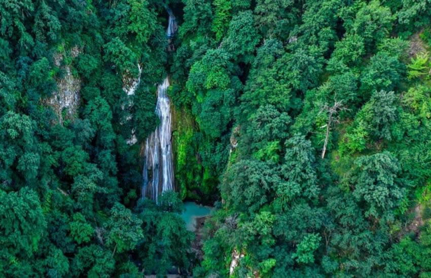 آبشار لوه در گلستان