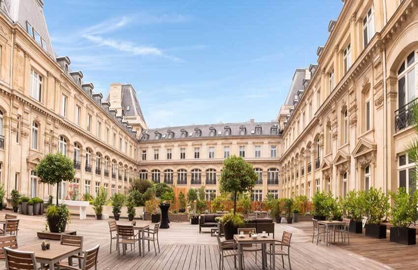 هتل کرون پلازا پاریس؛ Crowne Plaza Hotel Paris